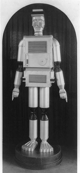 Robot Exhibit, Texas Centennial