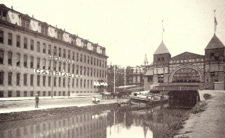 Canal Entrance to the Exhibition